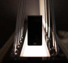 Blackberry představilo model Motion – voděodolný telefon bez HW kávesnice